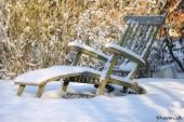 Liggestol med sne